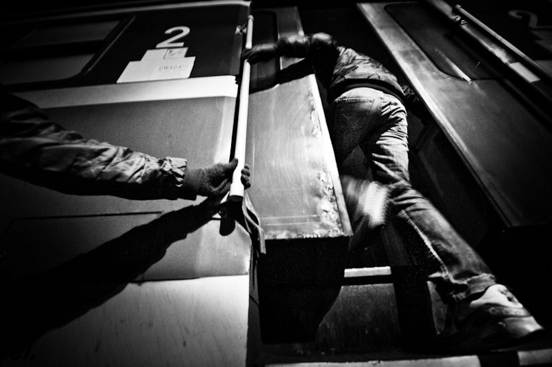 Art and Documentary Photography - Loading 08.jpg
