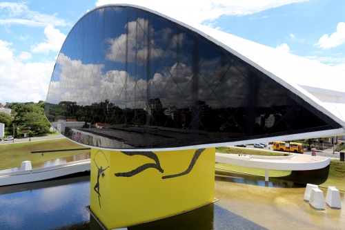 Museum Oscar Niemeyer (Museu do Olho) Project by: Oscar Niemeyer Curitiba - Brazil