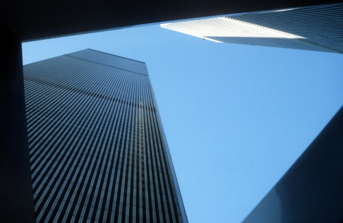 World Trade Center (Destroyed Sept.11, 2001) Project by: Minoru Yamasaki New York - USA