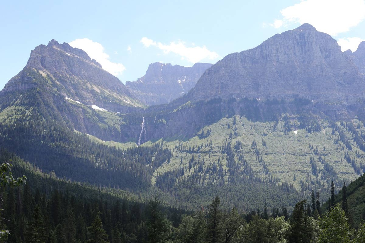 Montana contains numerous mountain ranges. Smaller island ranges are found throughout the state, for a total of 77 named ranges that are part of the Rocky Mountains.