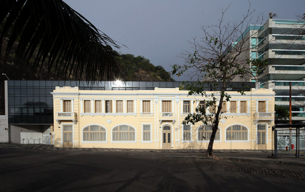 Hotel Leblon Project by: Antonio Zanuzzi Rio de Janeiro - Brazil