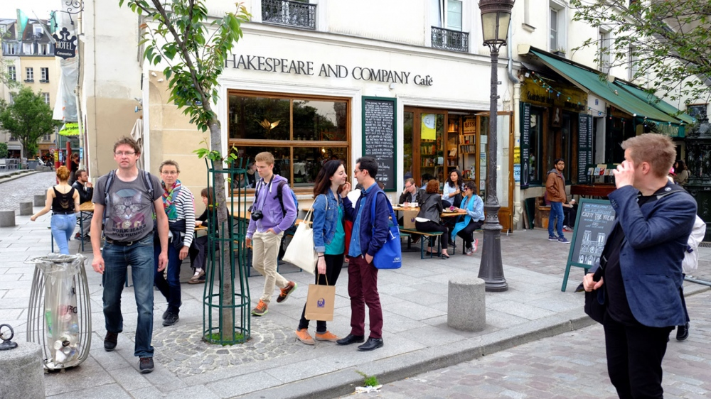 Shakespeare and Company Cafe - Paris - France
