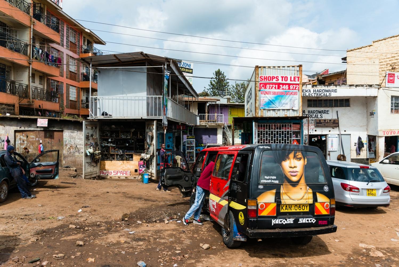 Art and Documentary Photography - Loading Kenya-64.jpg