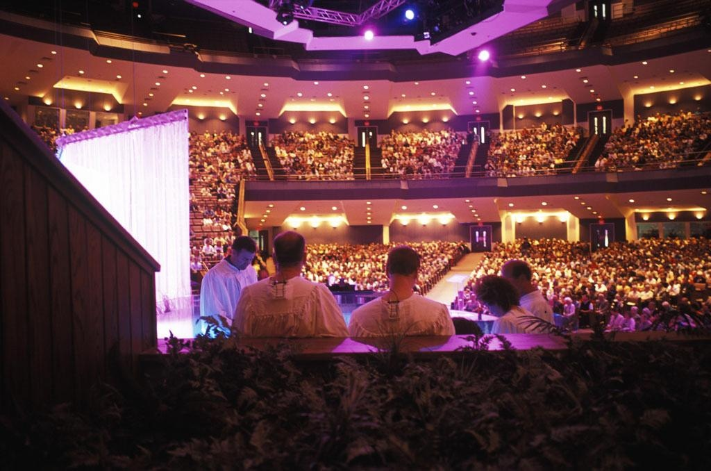 Joel and Victoria Osteen, Lakewood Church, Houston, Texas, 2005