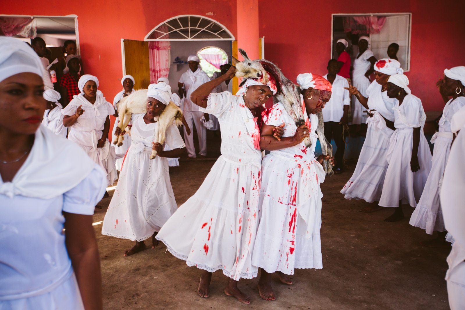 Art and Documentary Photography - Loading f__te_des_rois_vaudou_haiti-4.jpg
