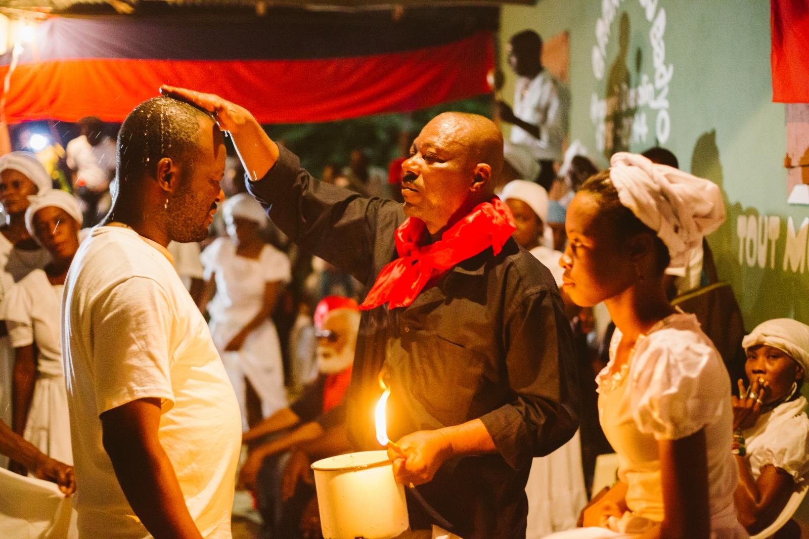 Art and Documentary Photography - Loading f__te_des_rois_vaudou_haiti-7.jpg