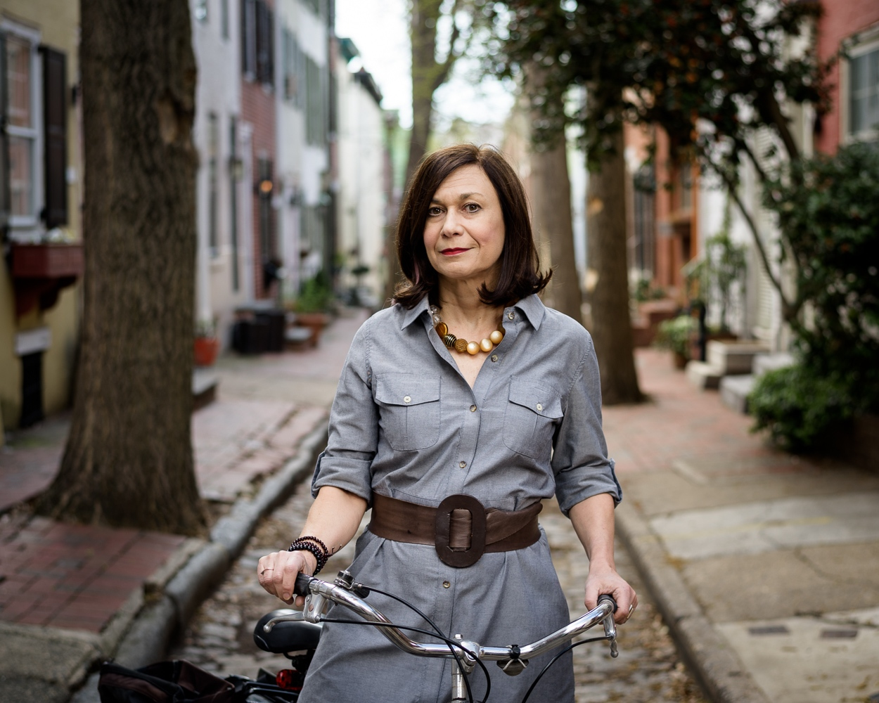Inga Saffron , architecture critic for The Philadelphia Inquirer.