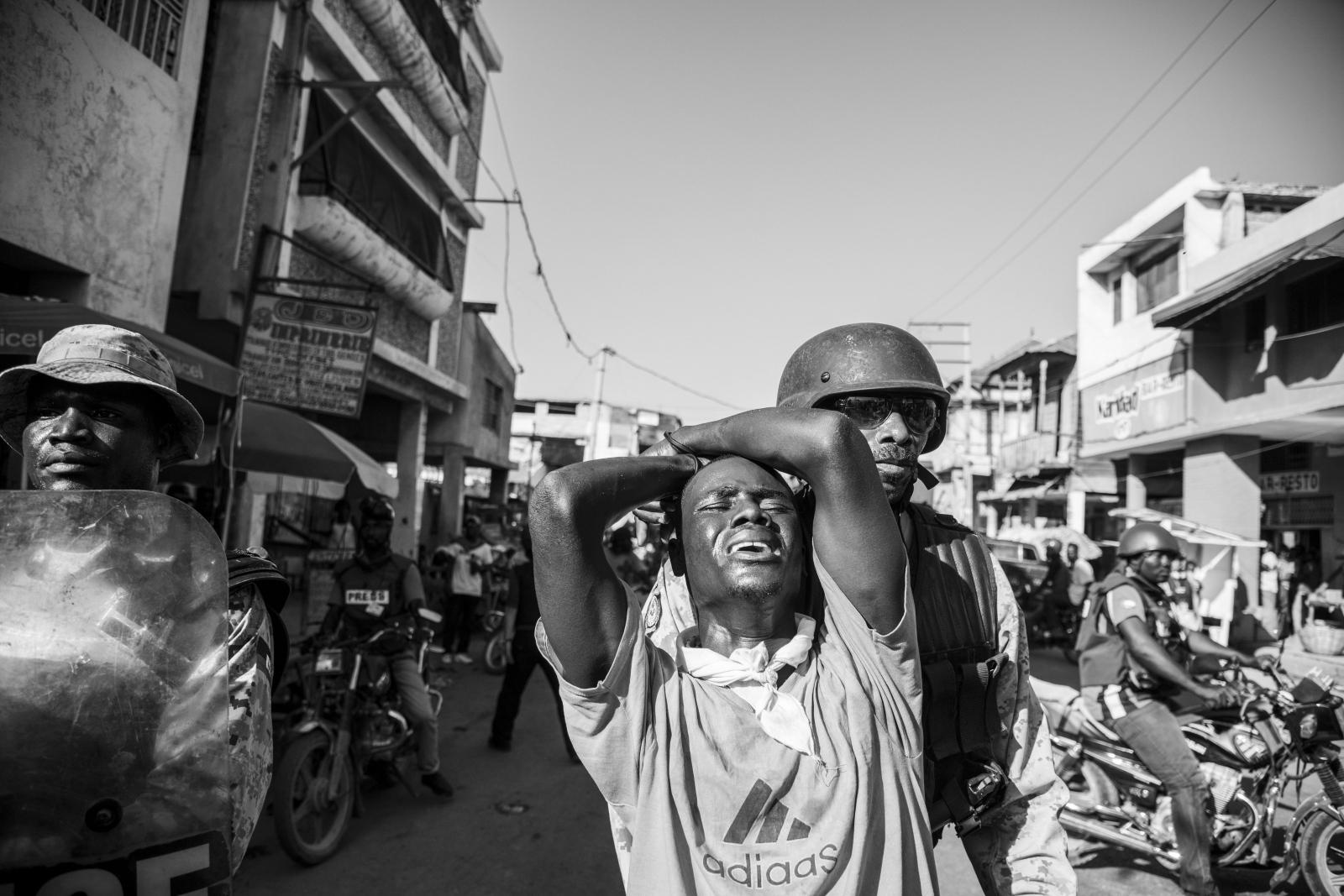 Art and Documentary Photography - Loading ABE_5544.JPG