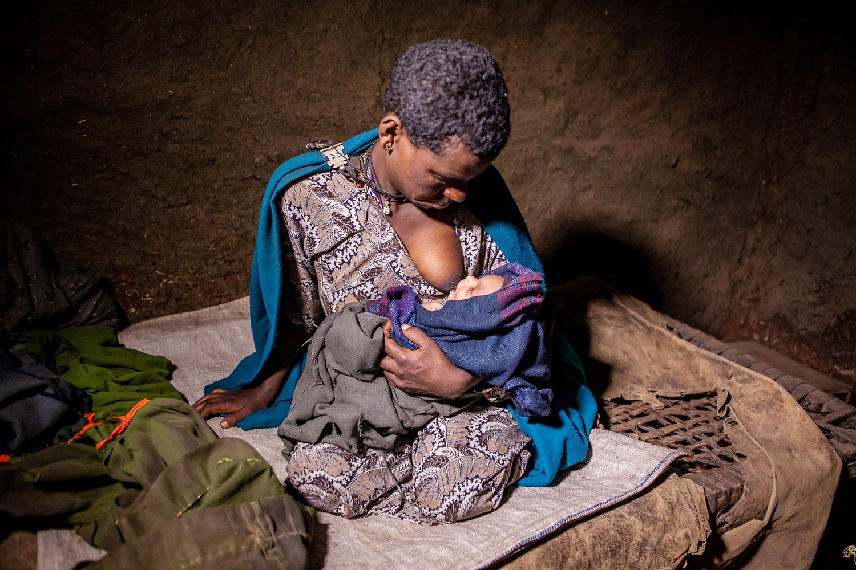 Art and Documentary Photography - Loading Abebu-19.jpg