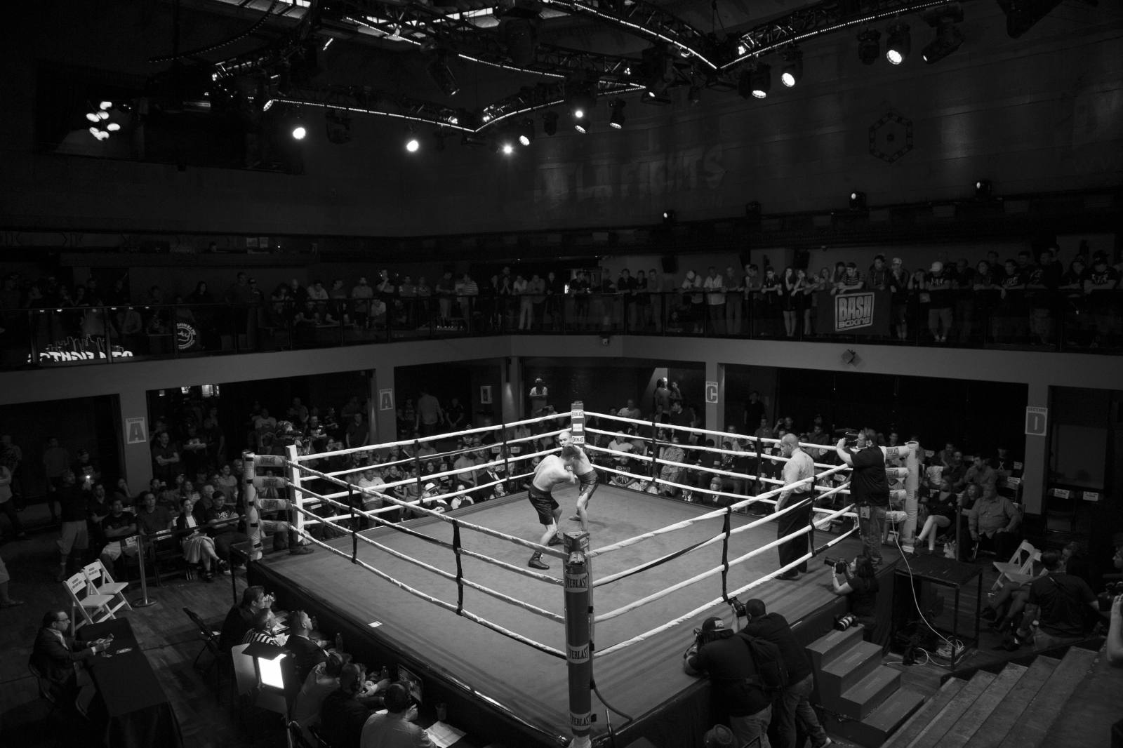 Art and Documentary Photography - Loading boxing-11.jpg