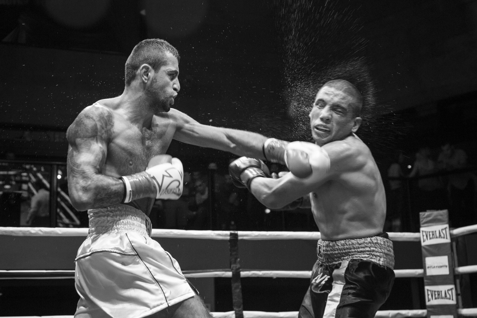 Art and Documentary Photography - Loading boxing-25.jpg
