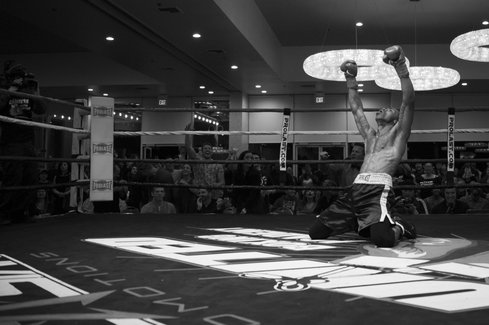 Art and Documentary Photography - Loading boxing-31.jpg