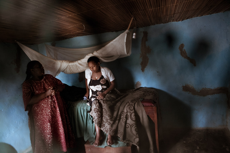 Art and Documentary Photography - Loading TBA_Alice-05.jpg