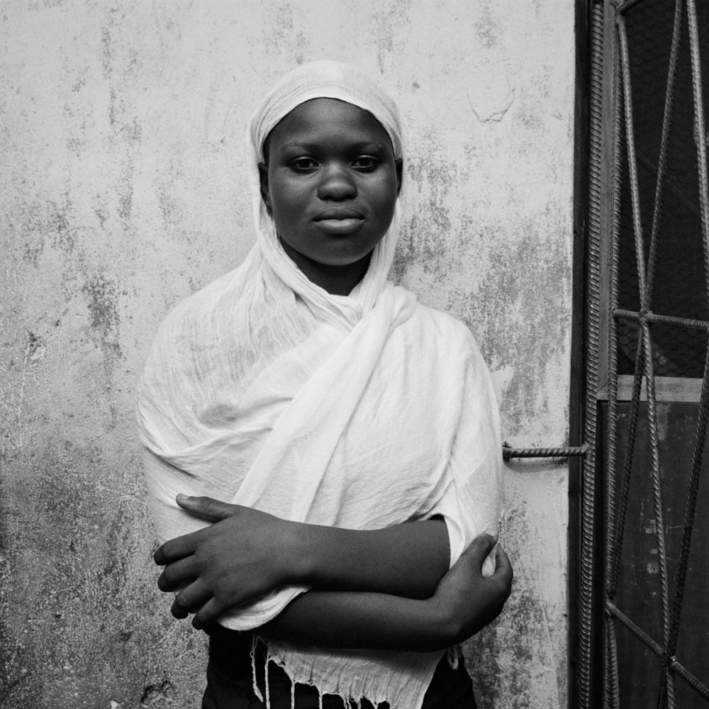 Art and Documentary Photography - Loading NigerianGirls_TianaMarkova-Gold_006.jpg