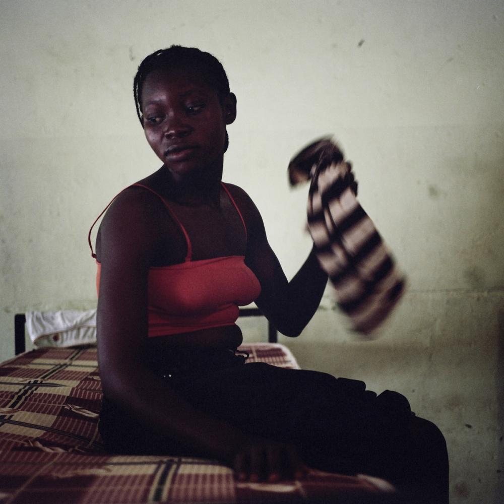 Art and Documentary Photography - Loading NigerianGirls_TianaMarkova-Gold_012.jpg