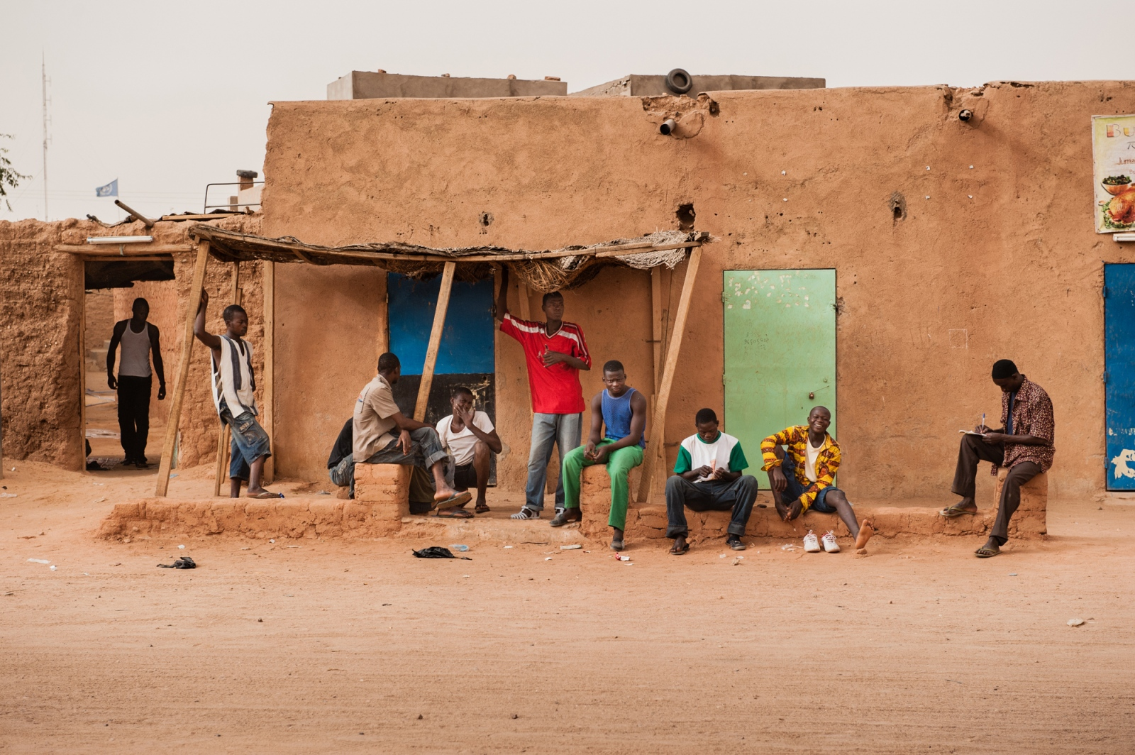 Art and Documentary Photography - Loading africa_refugee_beilvert_ghetto_niger_.jpg