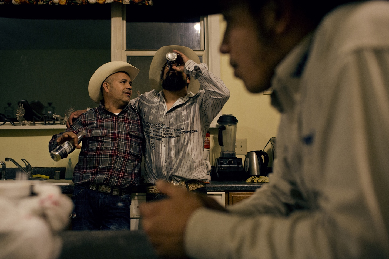Art and Documentary Photography - Loading latino_09.jpg