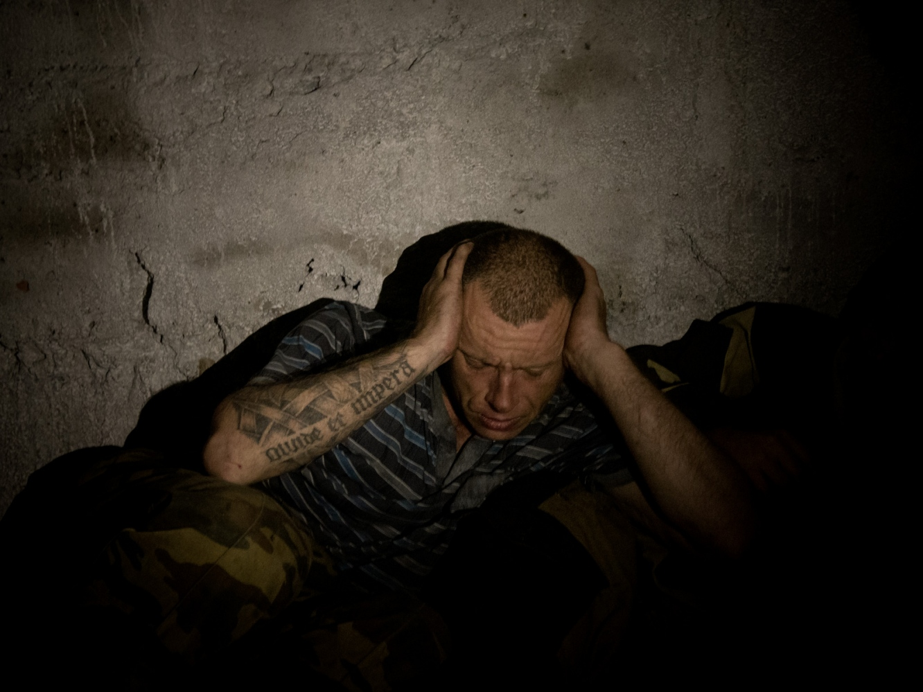 Art and Documentary Photography - Loading 017alfredobosco_davaidonbass.jpg