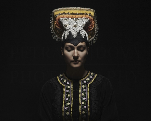 čepiec I headdress Tekov    Photo Rag® Baryta, Hahnemühle 315g, limited edition     80 x 100 cm  of 23+2AP     40 x 50 cm of 48+2AP     20 x 25cm of 198+2AP      signed, dated and numbered, with a Certificate of authenticity