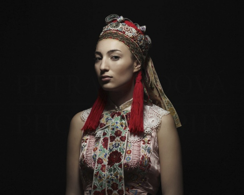parta I bridal headband Vajnory    Photo Rag® Baryta, Hahnemühle 315g, limited edition     80 x 100 cm  of 23+2AP     40 x 50 cm of 48+2AP     20 x 25cm of 198+2AP      signed, dated and numbered, with a Certificate of authenticity