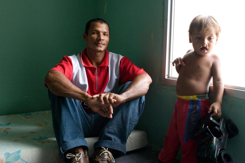 Luis Gabriel with his father Santa Marta, Colombia, 2007   For Healing the Children Northeast