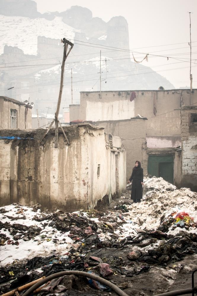 Art and Documentary Photography - Loading Liu_G-02.jpg