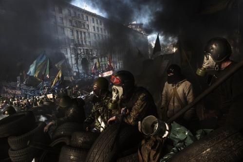 Behind Kiev's barricades