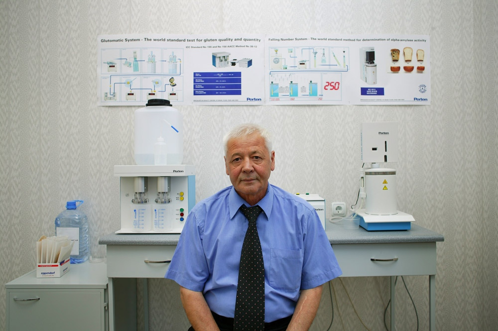 Nadirov Bakit, a former Soviet weapons scientist and Vice President of Biomedpreparat, in his laboratory in Stepnogorsk, Kazakhstan. Bakit is developing gluten-based biodegradable food packaging.