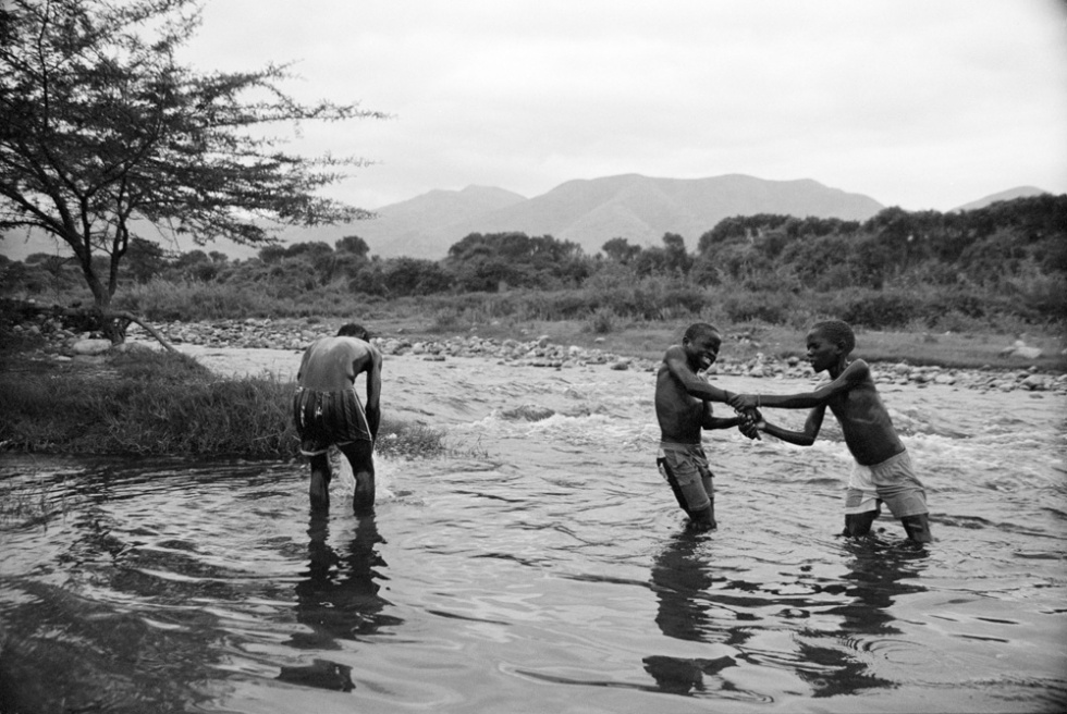 Art and Documentary Photography - Loading CAS_africas new tribe ORPHANS_008.JPG