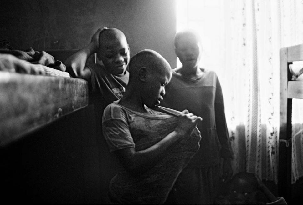Art and Documentary Photography - Loading CAS_africas new tribe ORPHANS_021.JPG