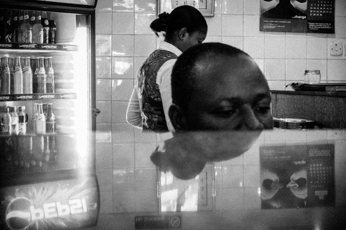 Art and Documentary Photography - Loading 08_naija.you.dey.kolo.jpg