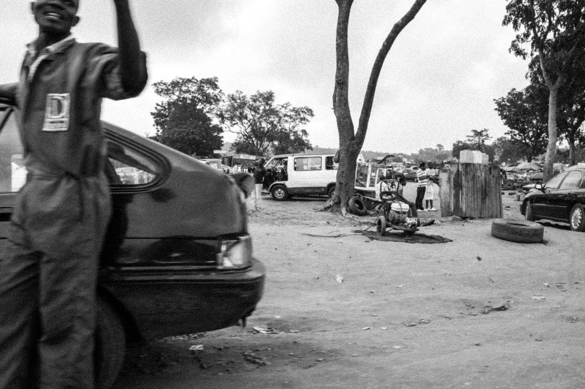 Art and Documentary Photography - Loading 09_naija.you.dey.kolo.jpg