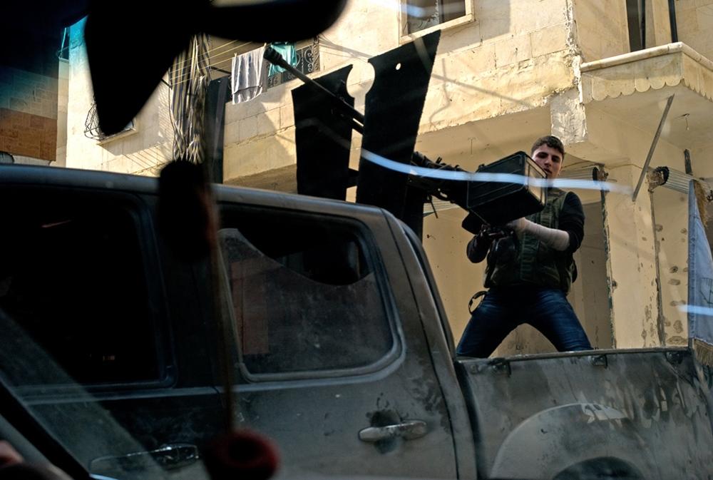 Art and Documentary Photography - Loading Txueka-Txomin_Syrian_conflict09.jpg