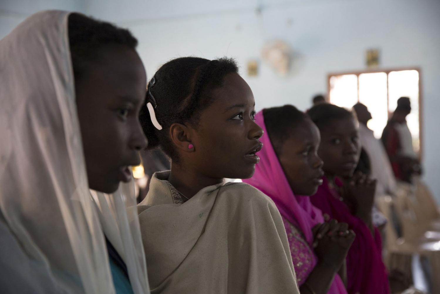 Art and Documentary Photography - Loading Sidi_SouthAsia35.JPG