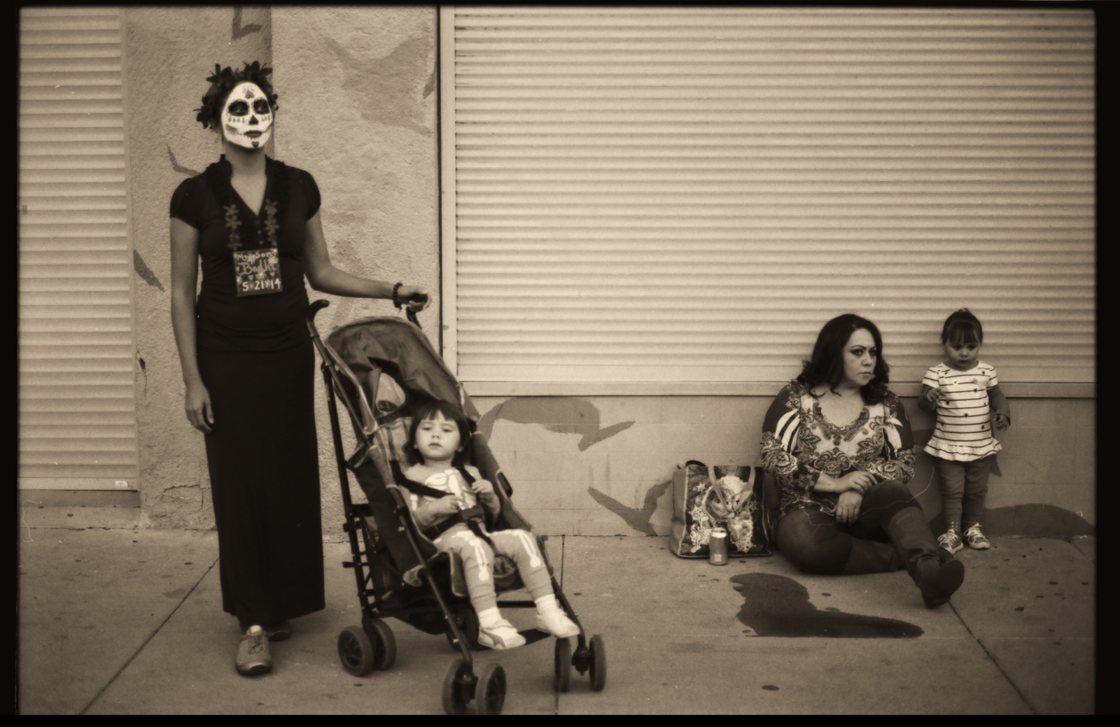 Art and Documentary Photography - Loading Dia.de.Los.Muertos.Madres.y.Ni__os.v2PLT.jpg