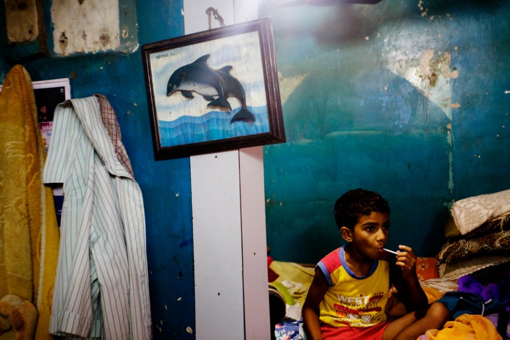 Art and Documentary Photography - Loading Uncharted seas Fishing Grounds, Mumbai (2).jpg