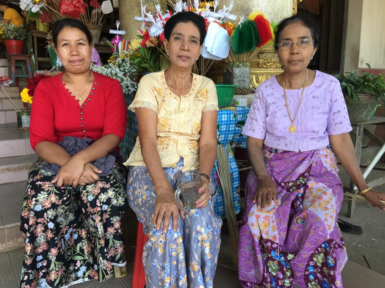 Art and Documentary Photography - Loading 20150205_Burma_2015_0015.jpg