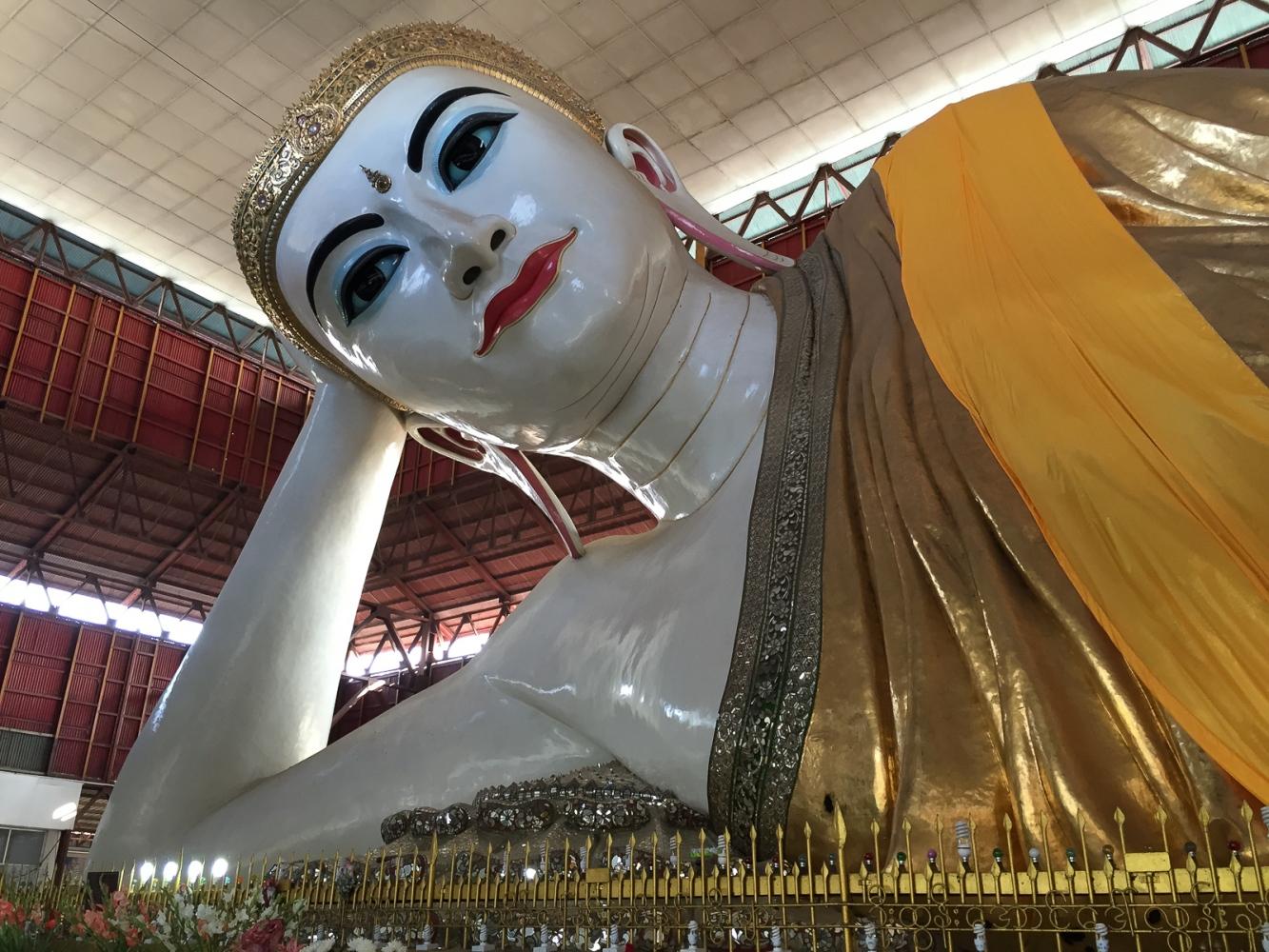 Art and Documentary Photography - Loading 20150205_Burma_2015_0025.jpg