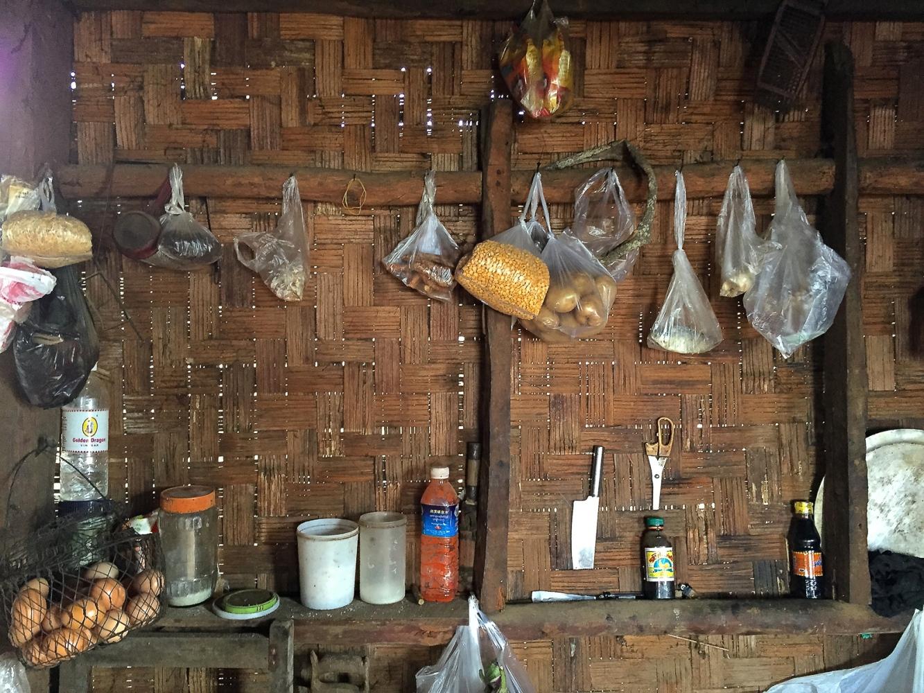 Art and Documentary Photography - Loading 20150211_Burma_2015_0125.jpg