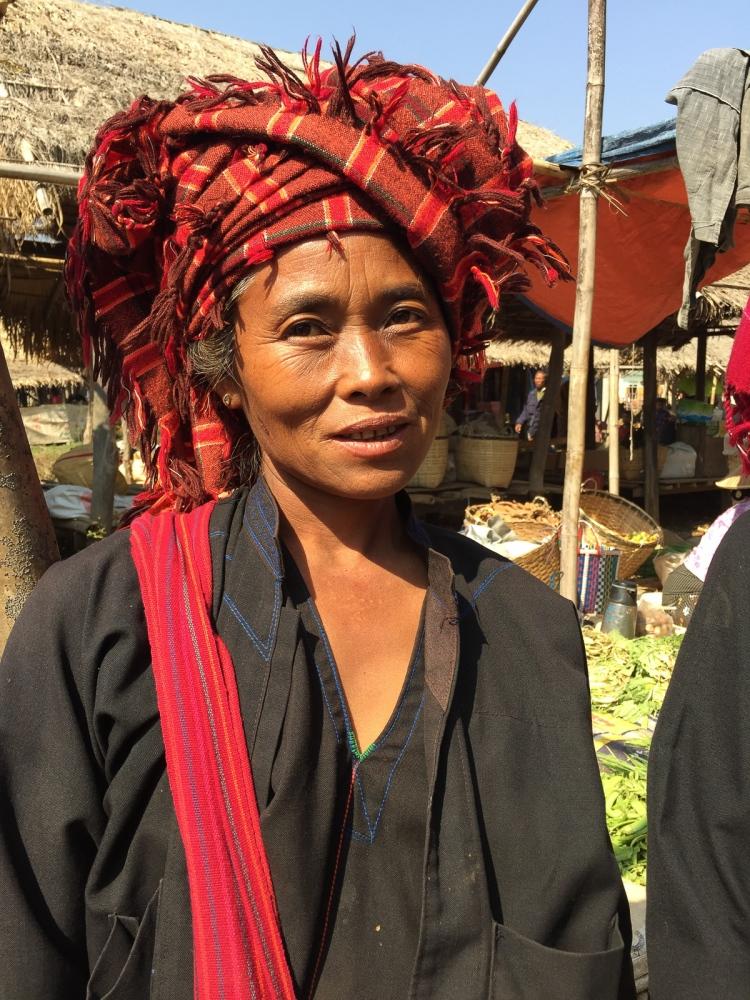 Art and Documentary Photography - Loading 20150215_Burma_2015_0217.jpg