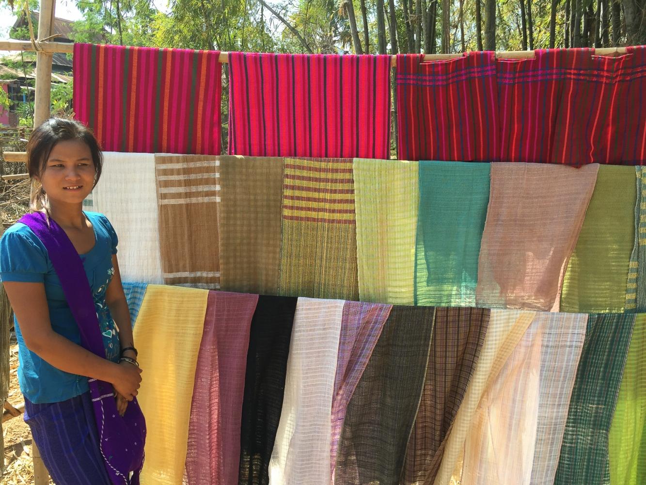 Art and Documentary Photography - Loading 20150213_Burma_2015_0167.jpg