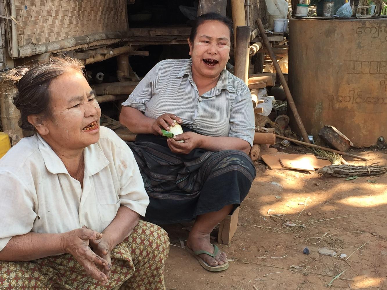 Art and Documentary Photography - Loading 20150213_Burma_2015_0180.jpg