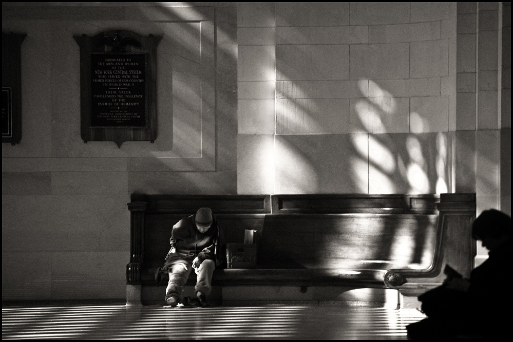 Art and Documentary Photography - Loading terminally, Grand Central.jpg