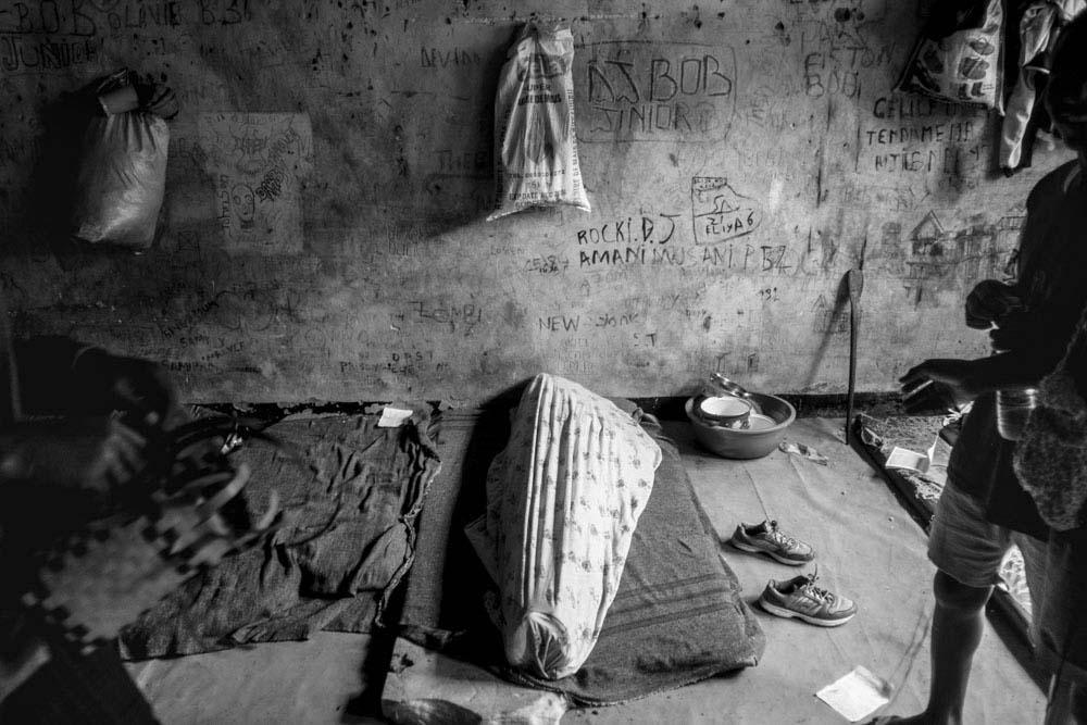 Art and Documentary Photography - Loading 09_FrancescaVolpi_GOMMA.jpg