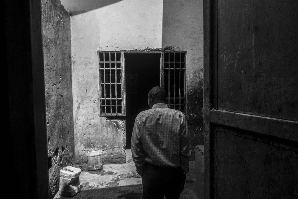 Art and Documentary Photography - Loading 11_FrancescaVolpi_GOMMA.jpg