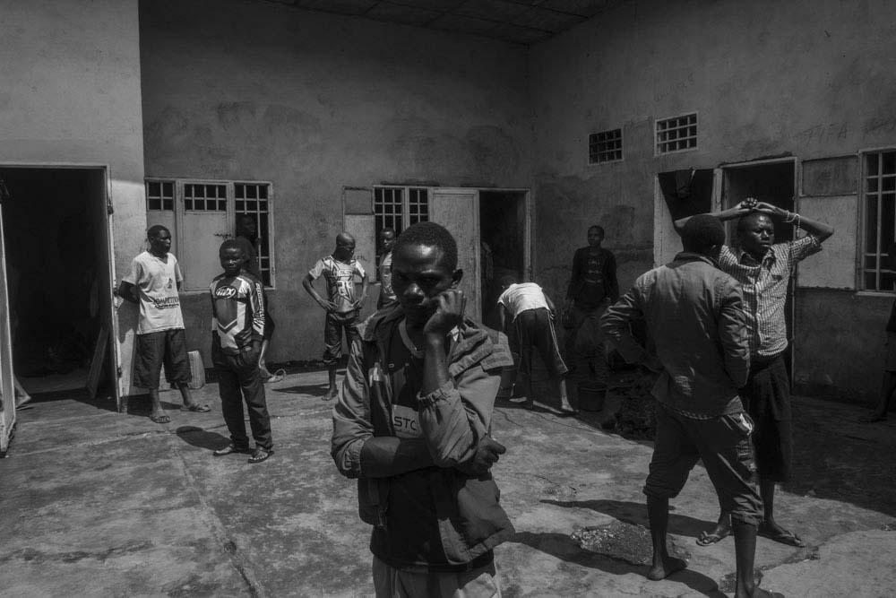Art and Documentary Photography - Loading 16_FrancescaVolpi_GOMMA.jpg
