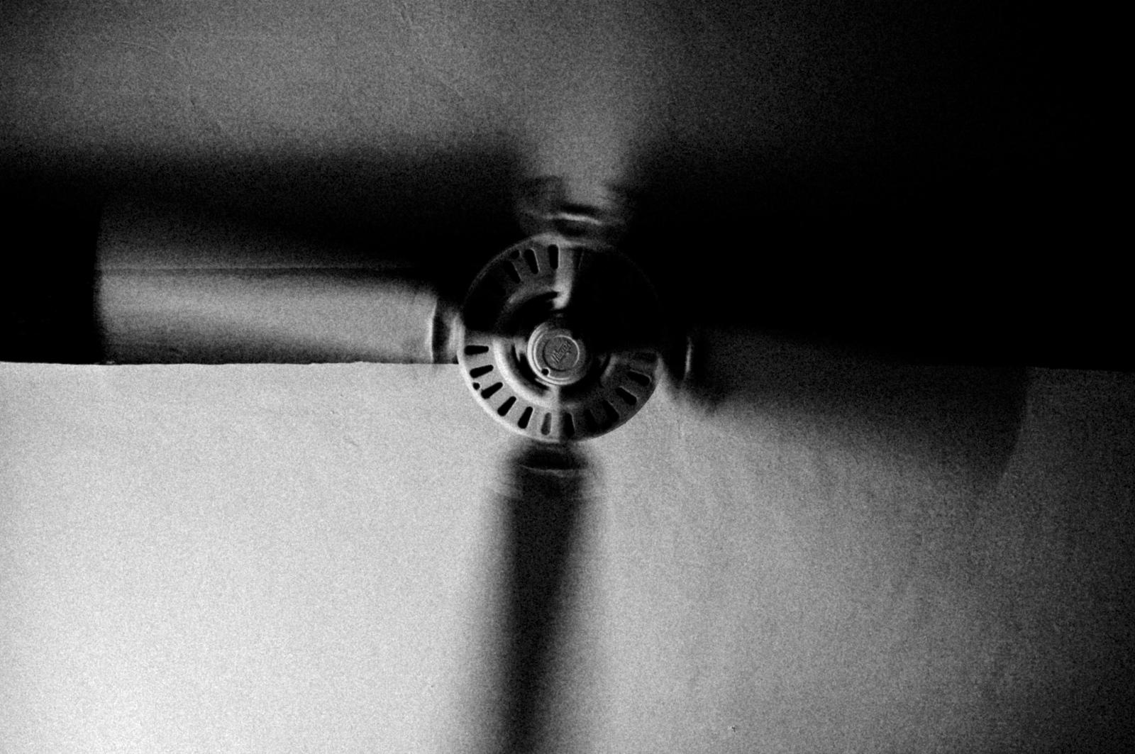 Art and Documentary Photography - Loading 18122006-331400250_9e60f59ce1_o.jpg
