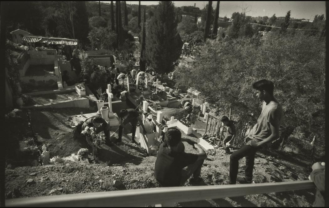 Dia de los Muertos, Cemeterio Municipal, Nogales, Sonora, Mexico, November 2016.