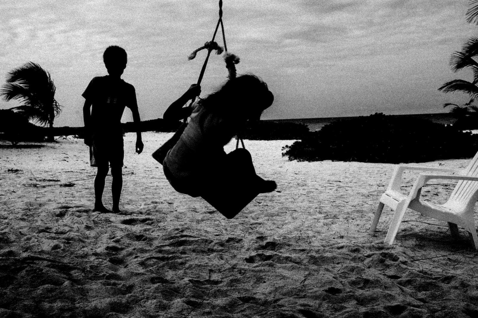 Art and Documentary Photography - Loading 19798385361_6c6578ceaf_k.jpg