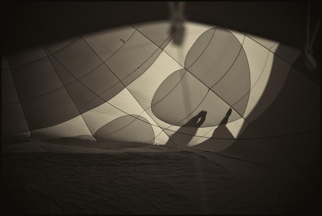 Art and Documentary Photography - Loading Balloons.CoupleKiss.Heart.PLTv1.jpg